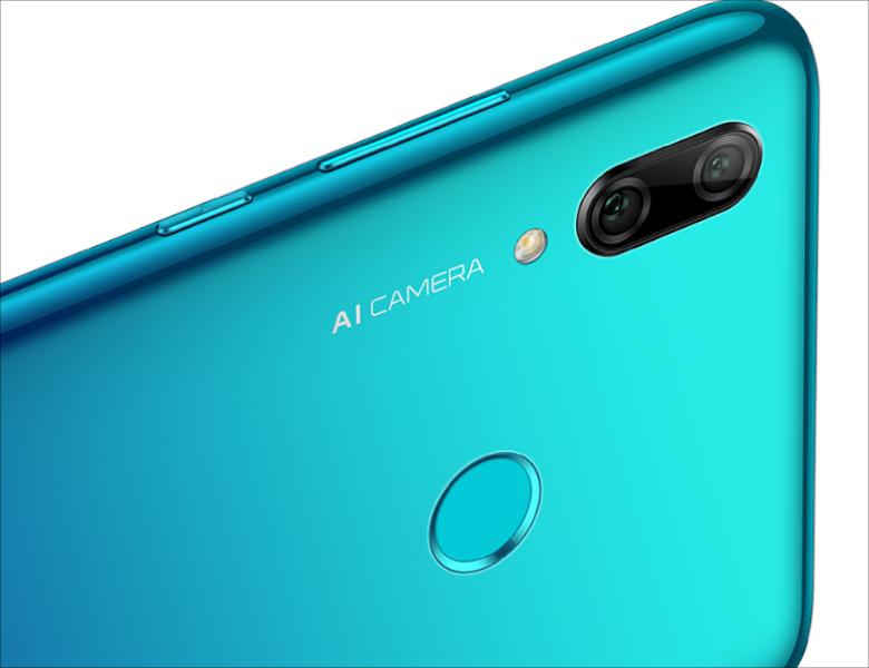 カメラは前モデルのスペックを継承ながら新たにAIをサポート