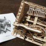 ROBOTIME 3D木製パズル「Magic Crash(永久機関)」モデル レビュー - 木製の質感とエッシャーのようなデザインが美しい、からくりボールコースター(実機レビュー:natsuki)