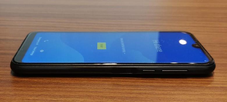 Elephone A6 mini 右側面