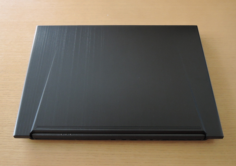 ドスパラ GALLERIA GCF2060GF-E 天板
