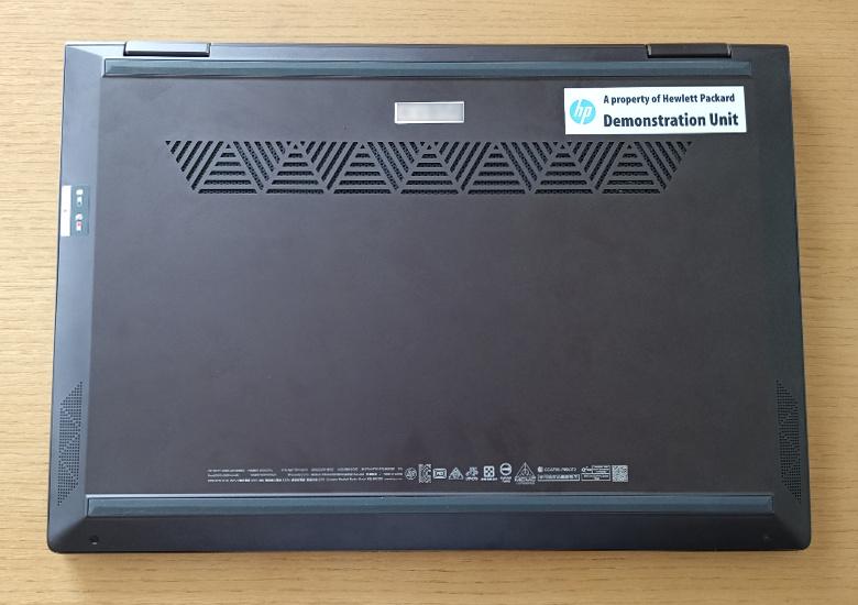 HP ENVY x360 13-ar0000 レビュー 底面