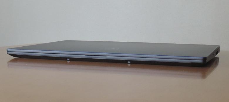 MSI PS63 Modern(PS63-8SC-035JP)前面