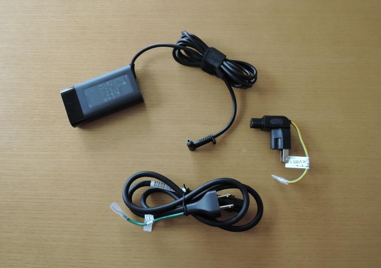 HP ENVY x360 15 同梱物2