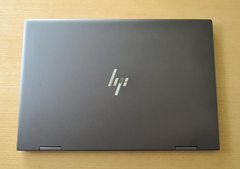 HP ENVY x360 15 天板