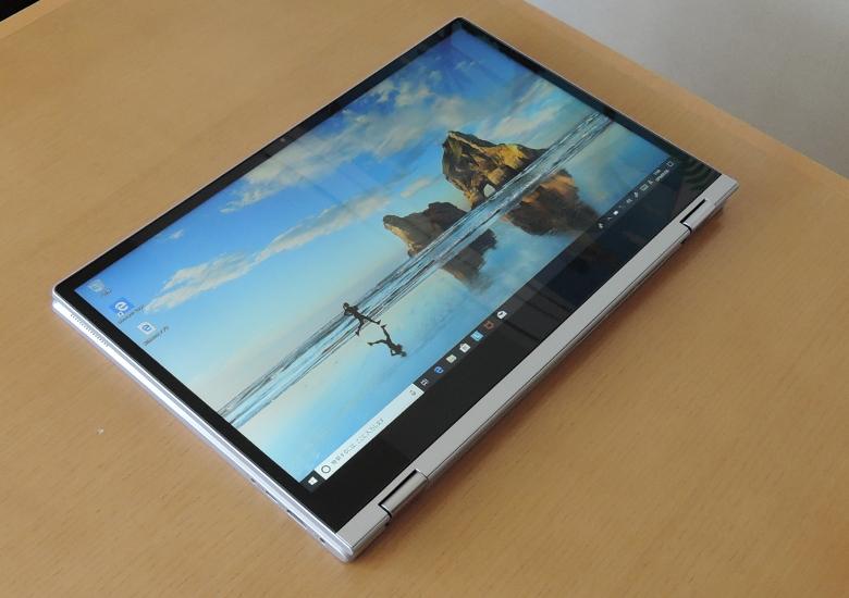 Lenovo IdeaPad C340 (15) タブレットモード