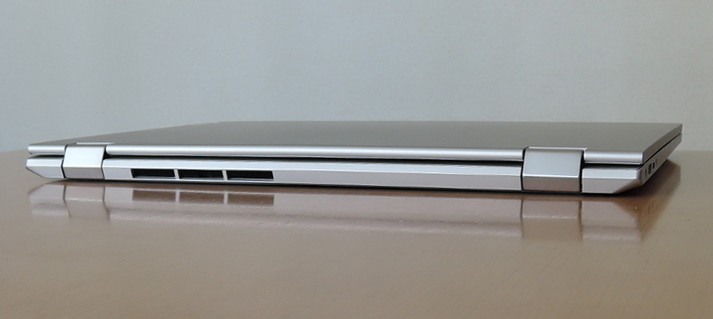 Lenovo IdeaPad C340 (15) 背面