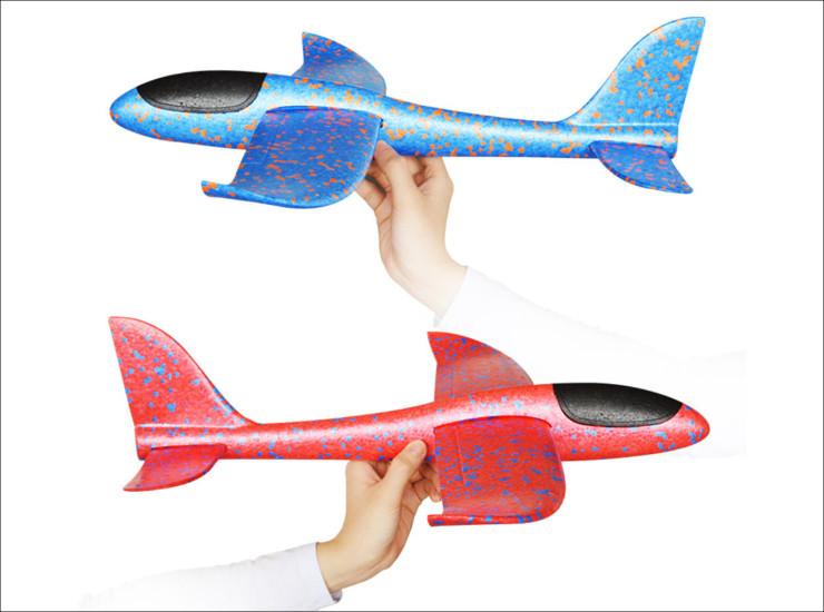 Banggoodの巨大紙飛行機