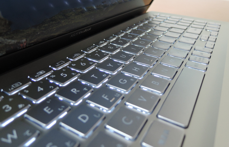 ASUS VivoBook S15 S531FA キーボード
