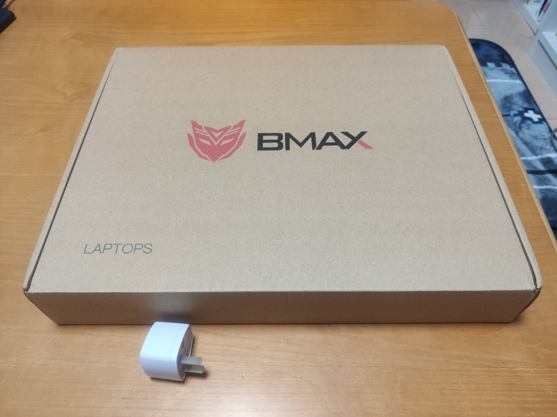 BMAX X14 実機レビュー