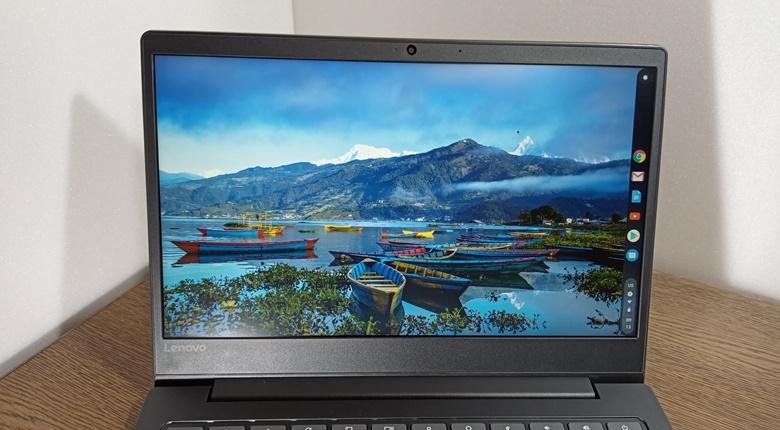 Lenovo Chromebook S330 画面正面