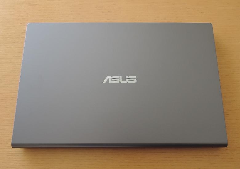 ASUS Laptop 15(X545FA)天板