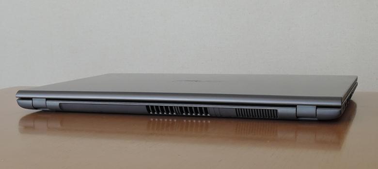 ASUS Laptop 15(X545FA)背面