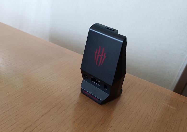 Nubia RedMagic 5G レビュー Magic Adapter