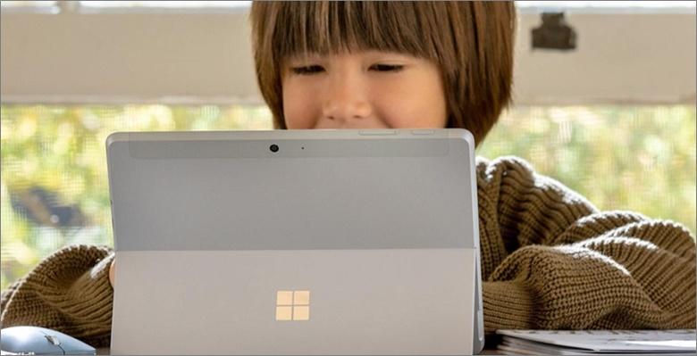 Surface Go 2は子供にぴったりのサイズ?