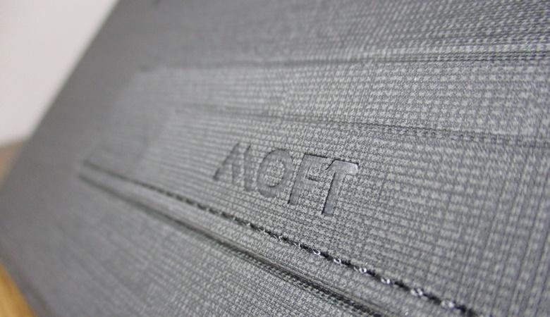MOFT Zのフラップ
