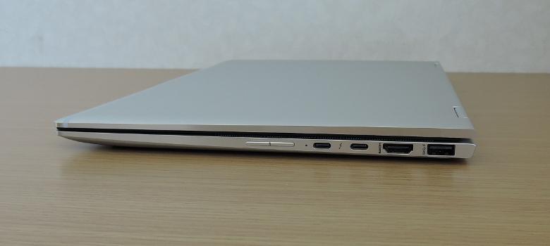 HP Elitebook X360 1040 G6 右側面