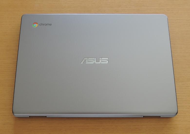 ASUS Chromebook C223NA 天板