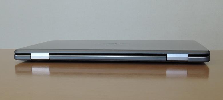 ASUS Chromebook C223NA 背面