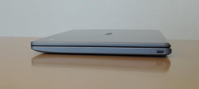 ASUS Chromebook C223NA 右側面