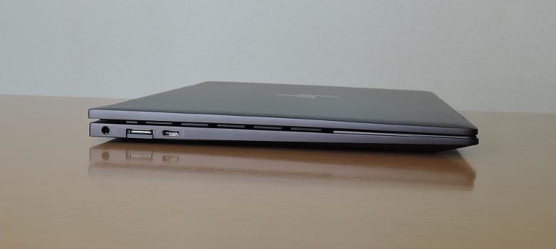 HP ENVY x360 13(ay0000)左側面