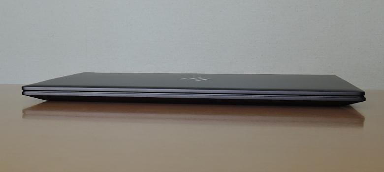 HP ENVY x360 13(ay0000)前面