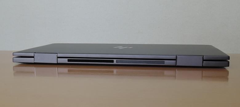 HP ENVY x360 13(ay0000)背面