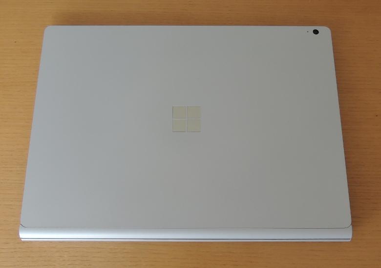 Microsoft Surface Book 3 天板