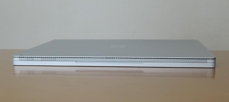 Microsoft Surface Book 3 前面