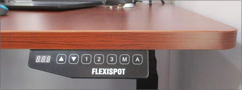 FLEXISPOT E3電動昇降デスクのコントロール部
