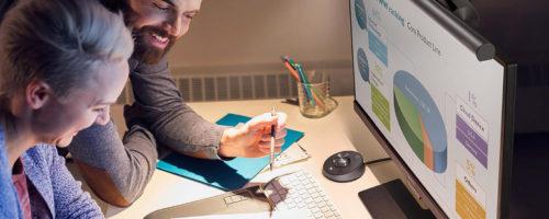 BenQ ScreenBar Plusの実機レビュー - PCモニターに取り付ける「照明器具」。なにげに「絶対買いだ!」と叫びたくなる逸品です!絶賛!
