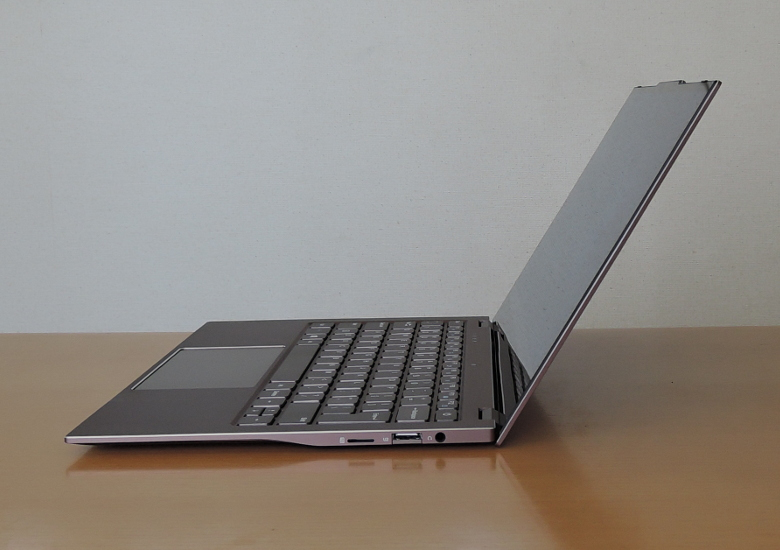 Jumper EZbook X3 Air 横から
