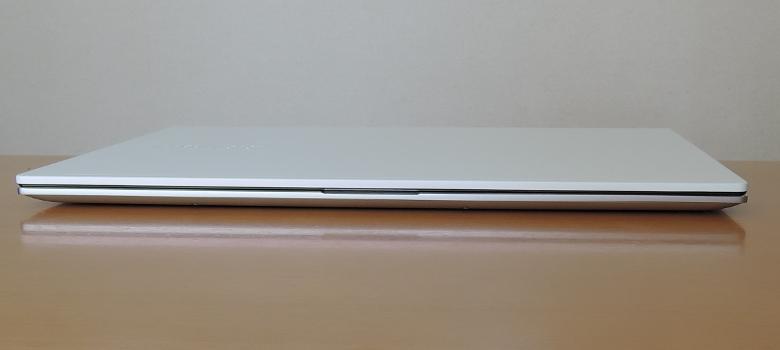 ASUS VivoBook S15 M533IA 前面
