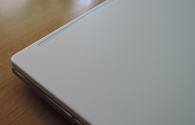 ASUS VivoBook S15 M533IA 天板