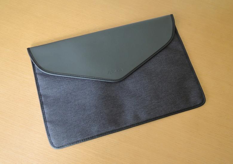 ASUS ZenBook 14 UM425I 同梱物