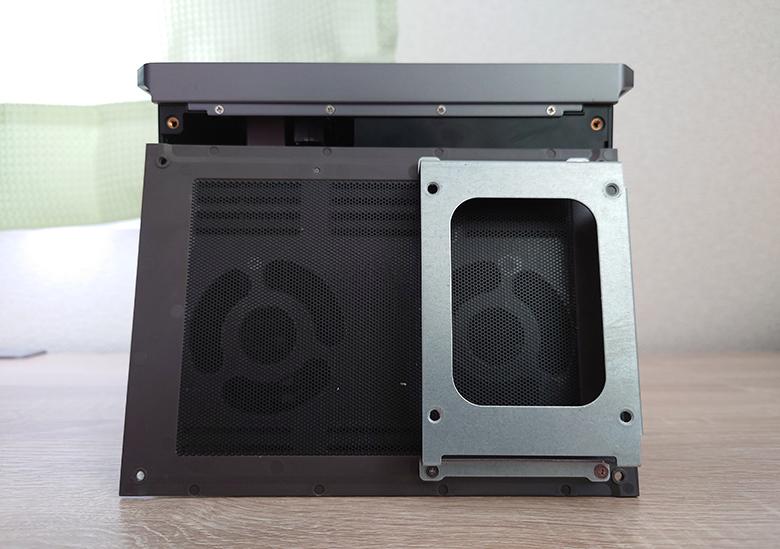 HDD増設スペース
