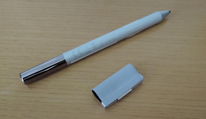 ASUS Chromebook Flip C436FA ペン
