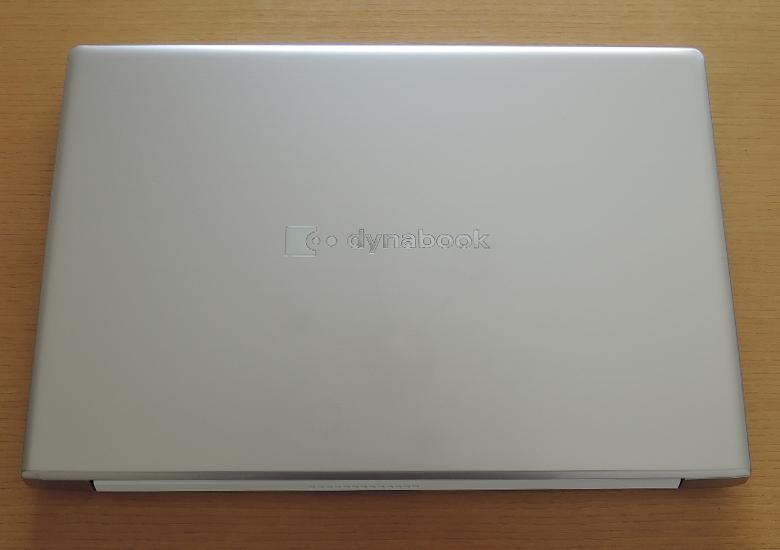 dynabook AZ66/M 天板