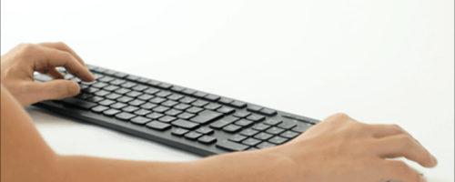 hillock -「浮遊感のある」移動式のマウス用リストレスト