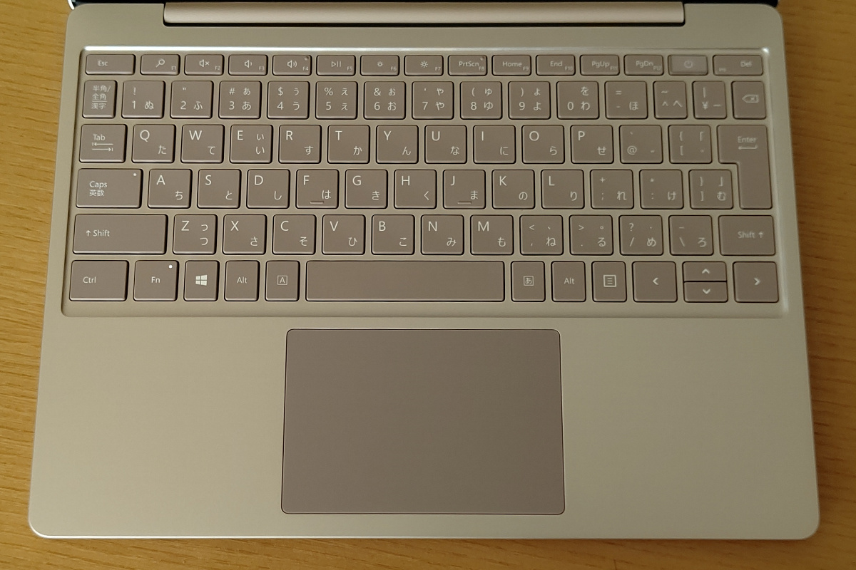 Microsoft Surface Laptop Go キーボード