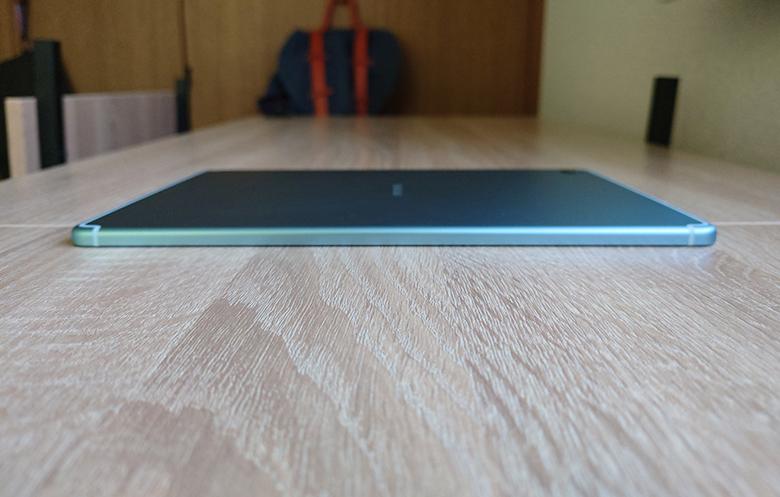 左側面S6 Lite