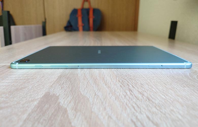 右側面S6 Lite