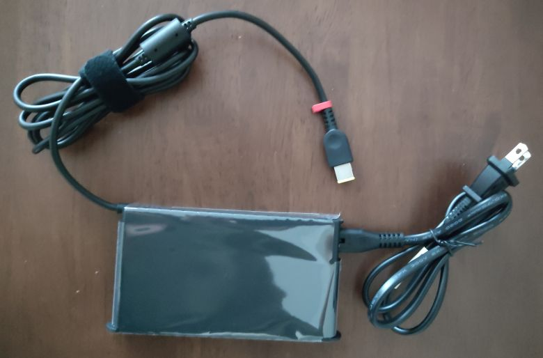 ThinkPad P1 Gen3 アダプター