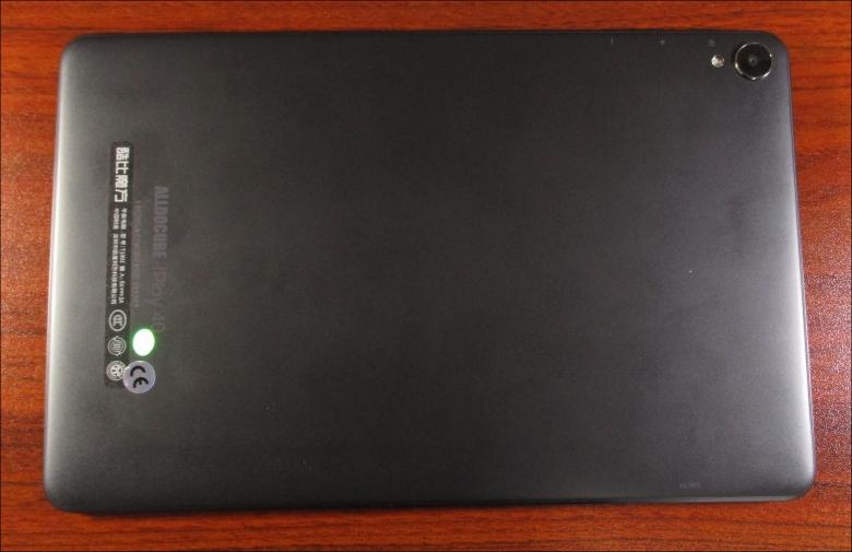 ALLDOCUBE iPlay40 背面