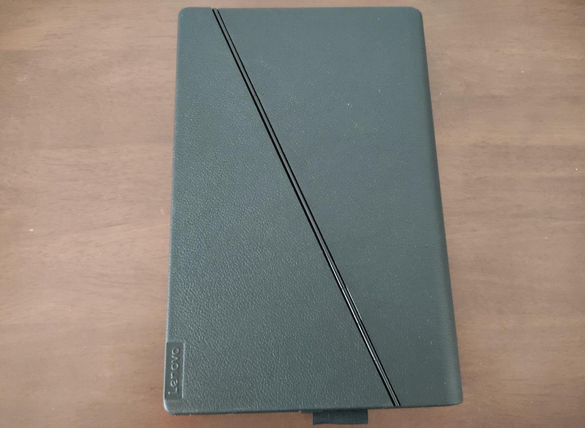 Levovo ThinkPad X1 Fold 折りたたみ裏