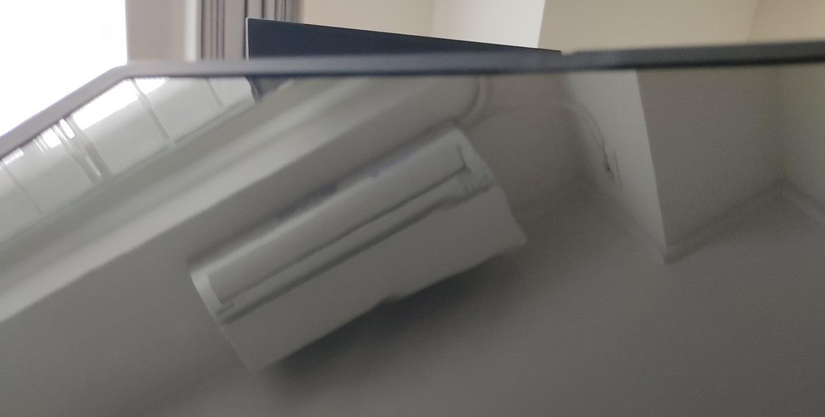 Levovo ThinkPad X1 Fold 折り目