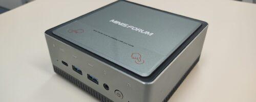 Minisforum U820の実機レビュー(その1・筐体編) – Core i5搭載で内部アクセスが容易で拡張性も高い!メインマシンに据えたいミニPC