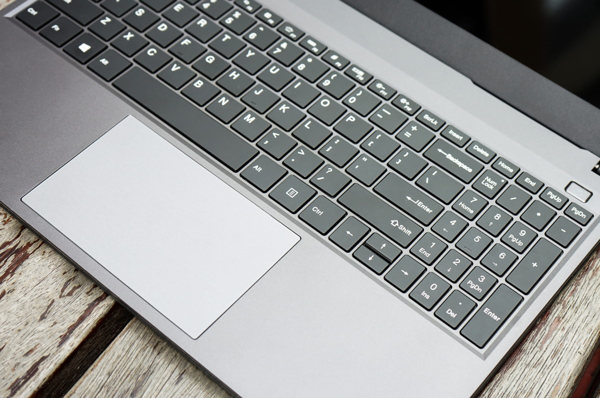 CHUWI CoreBook Xe
