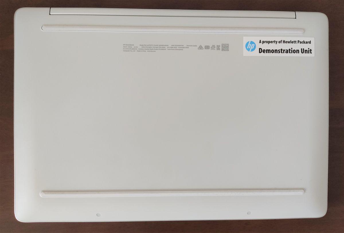HP Chromebook 14a-na0000 底面