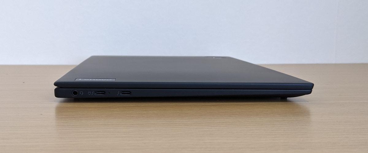 Lenovo ThinkPad X1 Nano 左側面