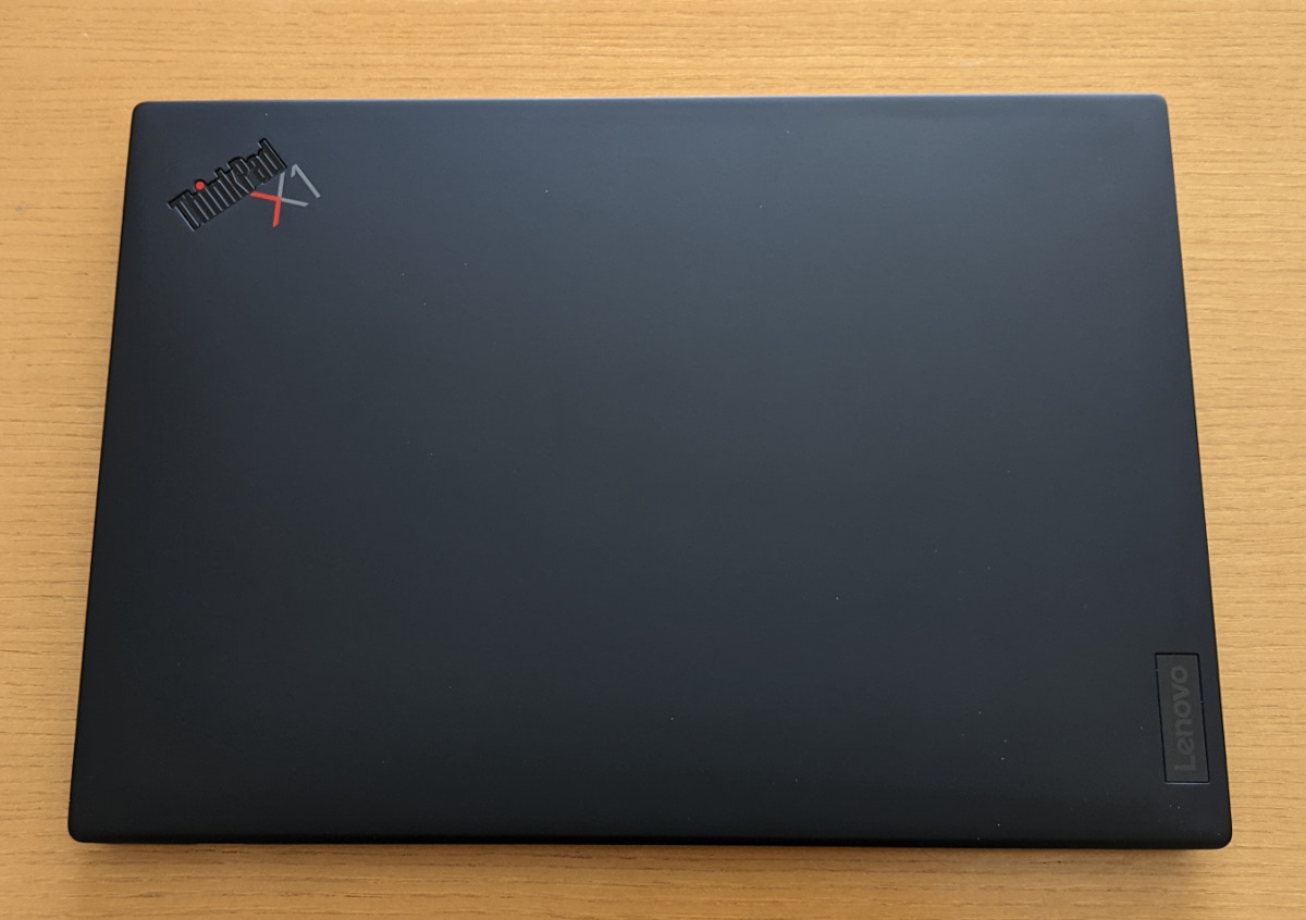 Lenovo ThinkPad X1 Nano 天板